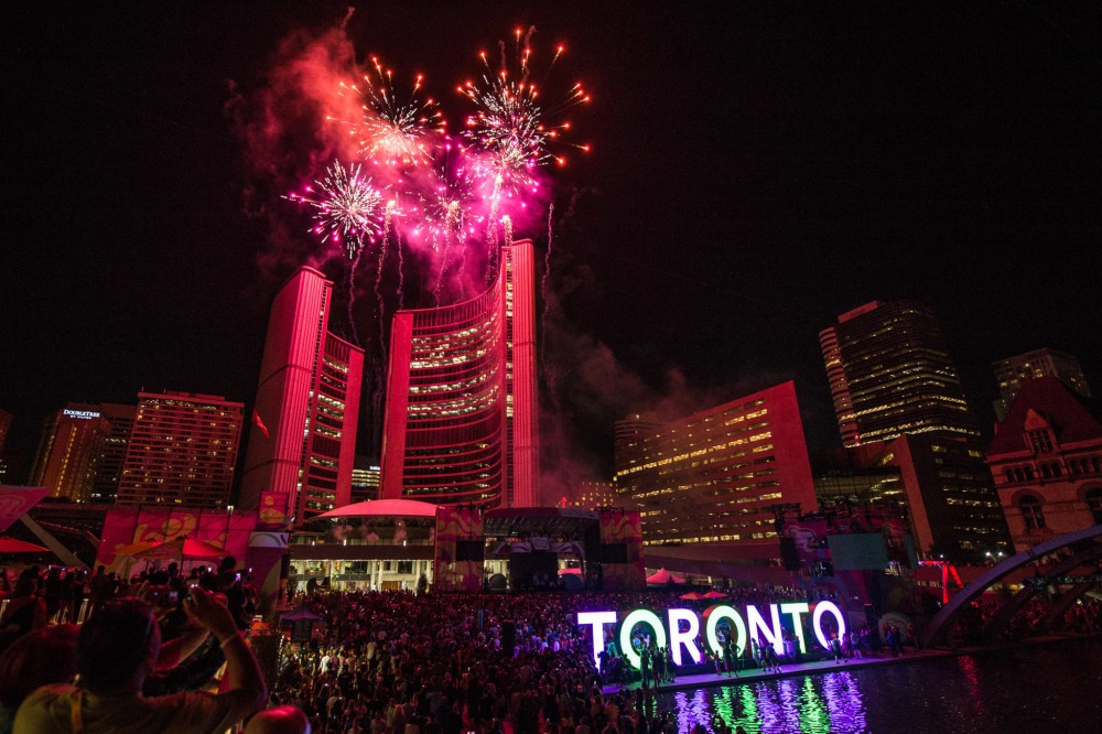 Toronto 2020 new years nathan phillips square new years