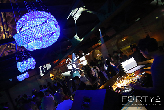 2014_10_25-forty2_supperclub-028